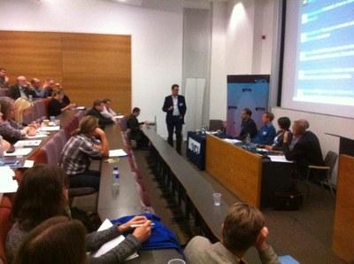 UK freshwater biodiversity science-policy