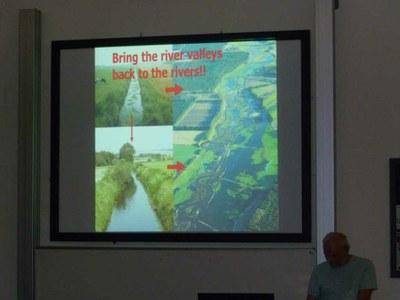 Climate change and freshwater biodiversity