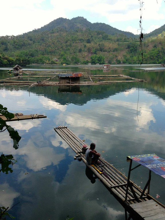 The ecological impacts of aquaculture and climate change in the Philippines