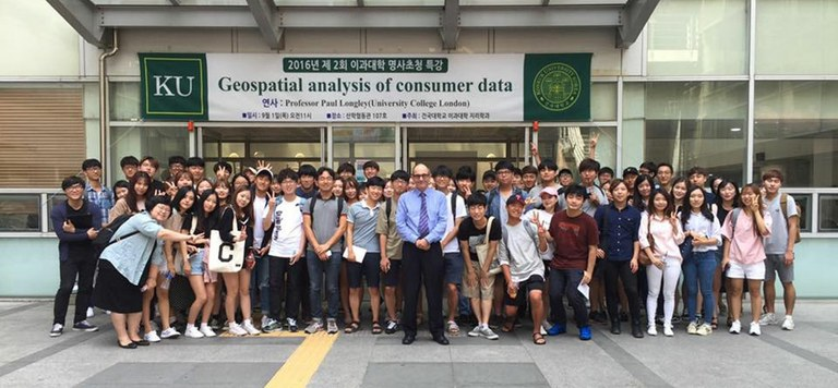 Geovisualizing Consumer Behaviour